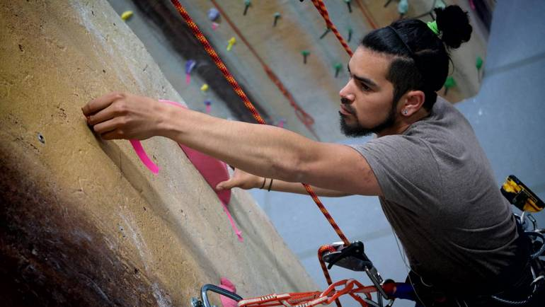 How to Choose Climbing Equipment